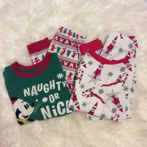 2 PAIR CHRISTMAS PAJAMA SETS